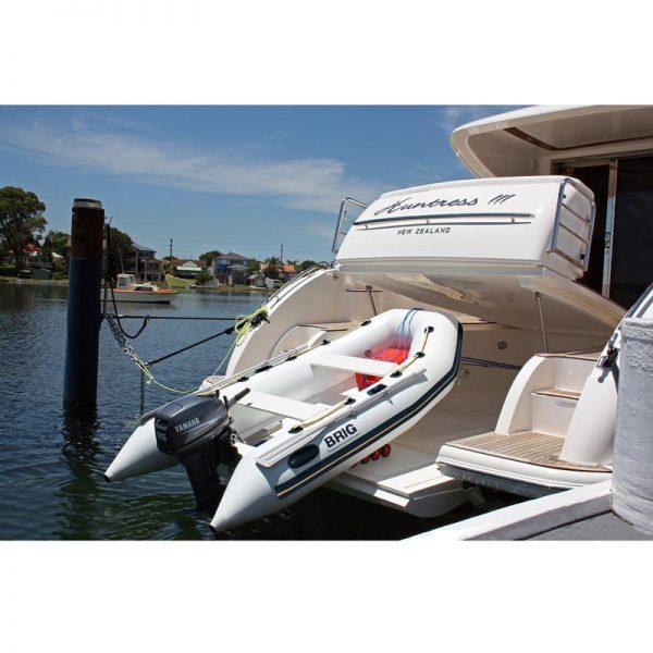 Лодка BRIG FALCON 300